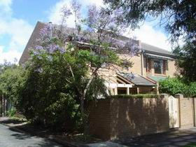 Adelaide Serviced Apartments - William Townhouse - Accommodation Find