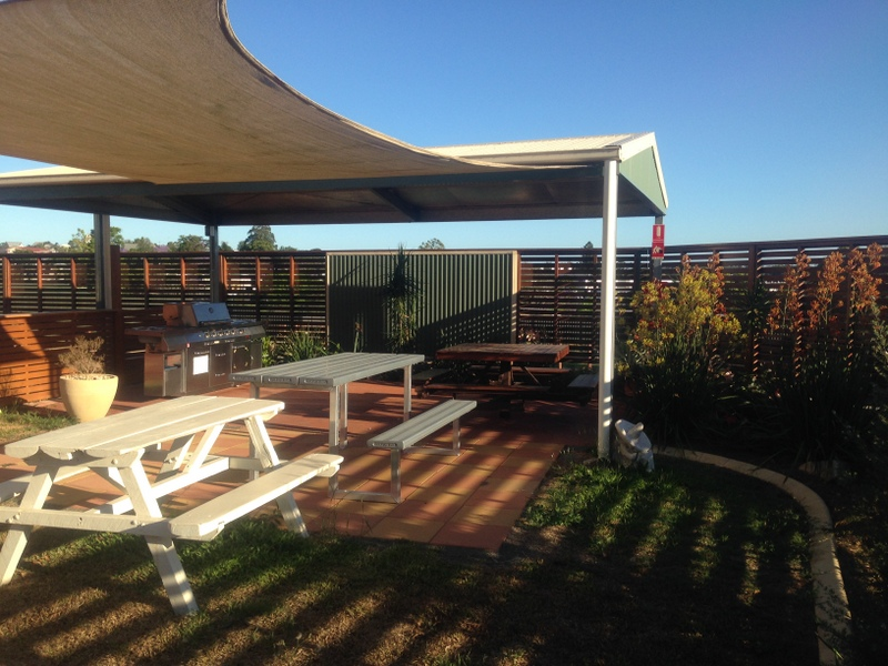 Gympie Caravan Park - Queens Park - Accommodation Find