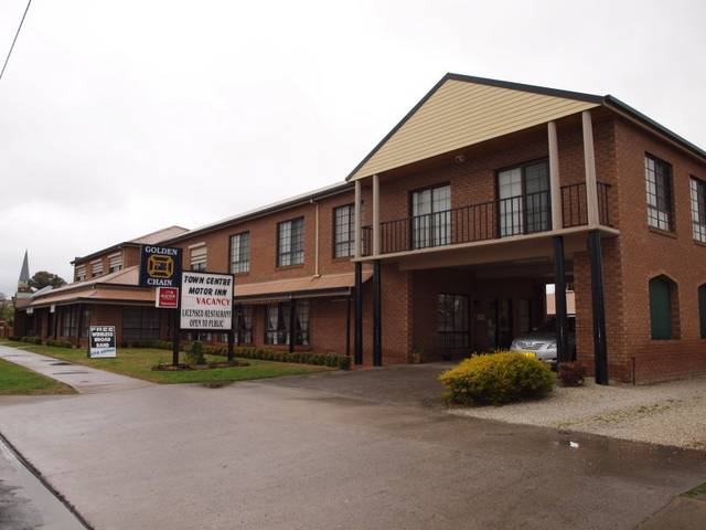 Holbrook Town Centre Motor Inn - Accommodation Find