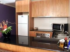 Waldorf Apartment Hotel Canberra - Accommodation Find
