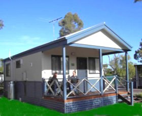 Pinjarra Cabins and Caravan Park - Accommodation Find