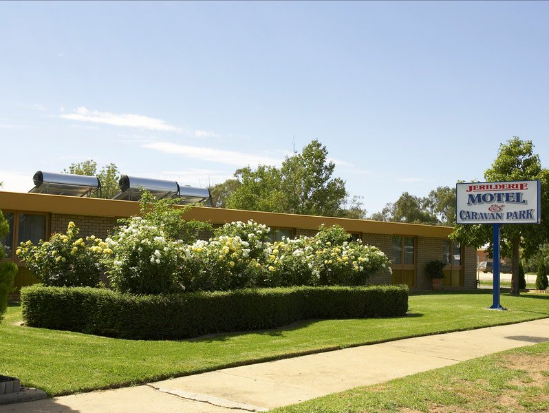 Jerilderie Motel and Caravan Park - Accommodation Find