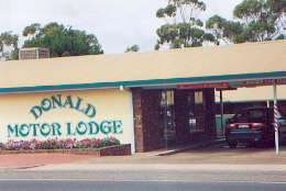 DONALD MOTOR LODGE - Accommodation Find