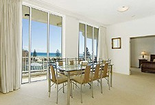 Kirra Beach Luxury Holiday Apartments - Accommodation Find