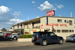 A  A Lodge Motel - Accommodation Find