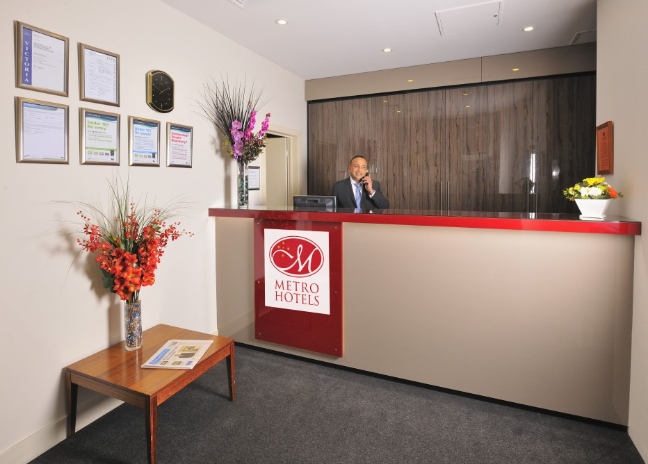 Metro Apartments On Bank Place Melbourne - Accommodation Find