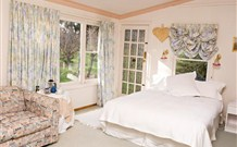The Old School Country Retreat - - Accommodation Find