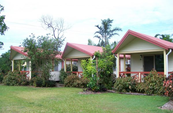 Flying Fish Point Tourist Park - Accommodation Find