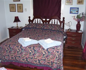 Boonah Hilltop Cottage - Accommodation Find