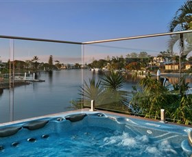 Sanctuary on Water Elite Holiday Home - Accommodation Find