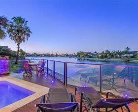 Kurrawa Cove at Vogue Holiday Homes - Accommodation Find