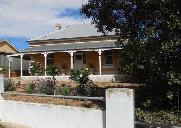 Book Keepers Cottage Waikerie