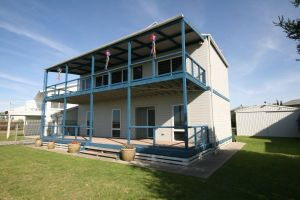 LJ Hooker Goolwa Holiday Rentals - 25 Barrage Road Goolwa South - Accommodation Find