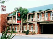 Hamiltons Henry Parkes - Accommodation Find