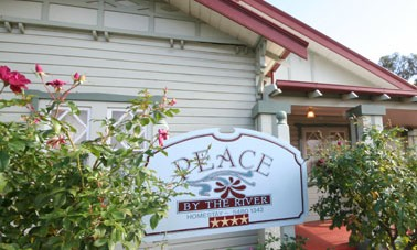 Peace By The River Homestay - Accommodation Find