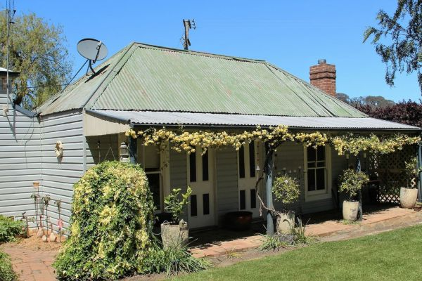 Drayshed Cottage - Accommodation Find