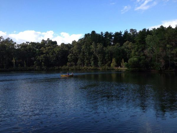 Lakeside Country Resort - Accommodation Find