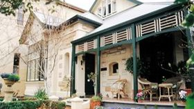 Water Bay Villa Bed And Breakfast - Accommodation Find