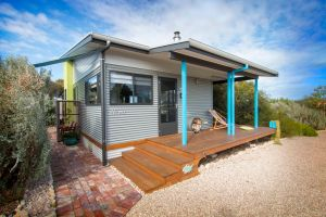 Coorong Cabins - Wren Cabin - Accommodation Find
