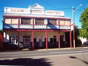Club House Hotel - Accommodation Find