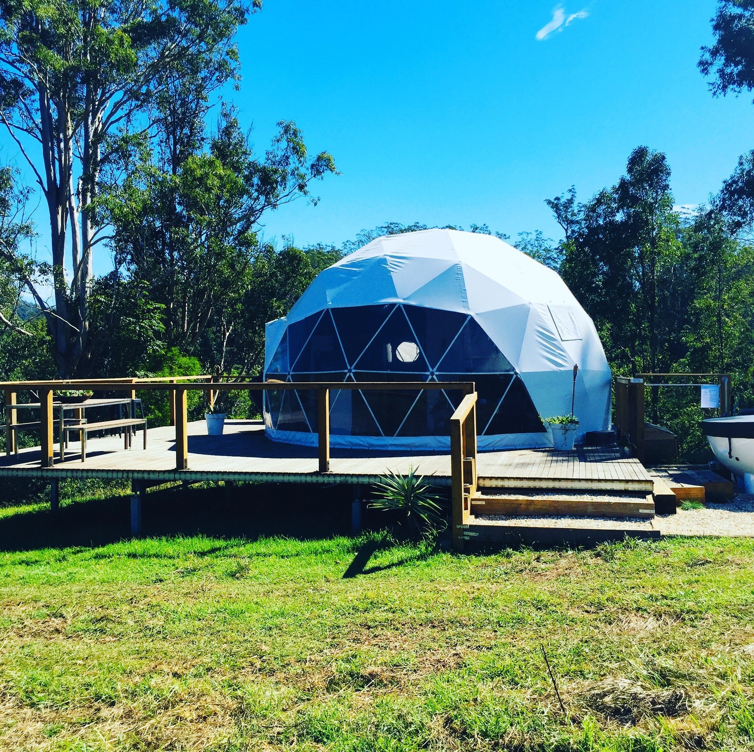 Nature Domes - Accommodation Find