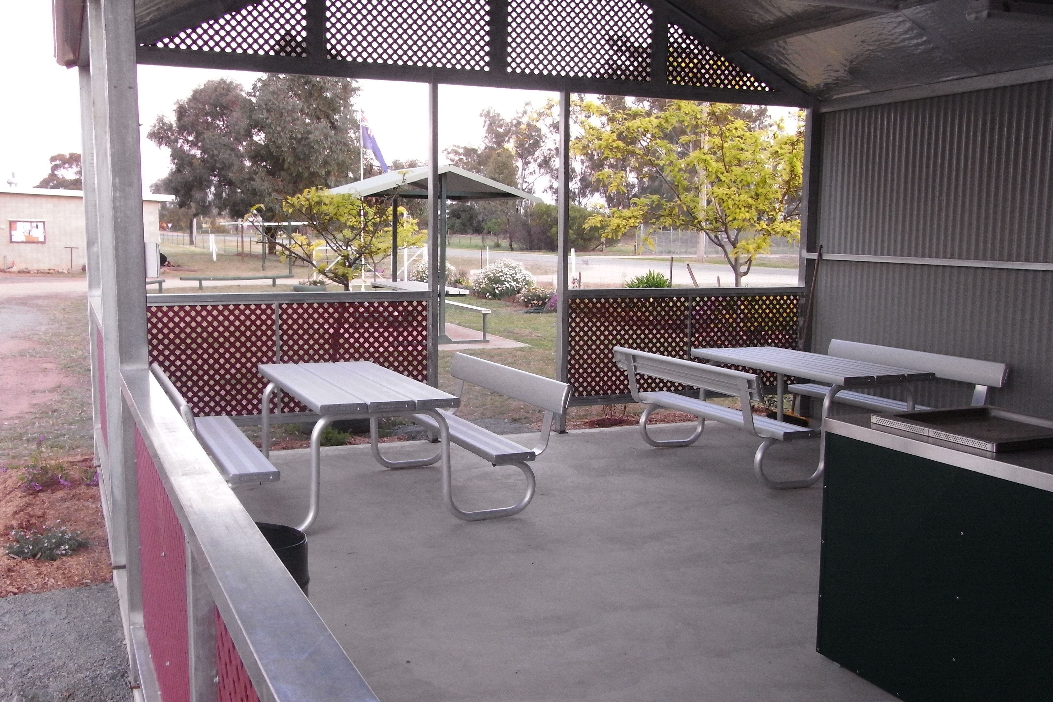 Ariah Park Camping Ground - Accommodation Find