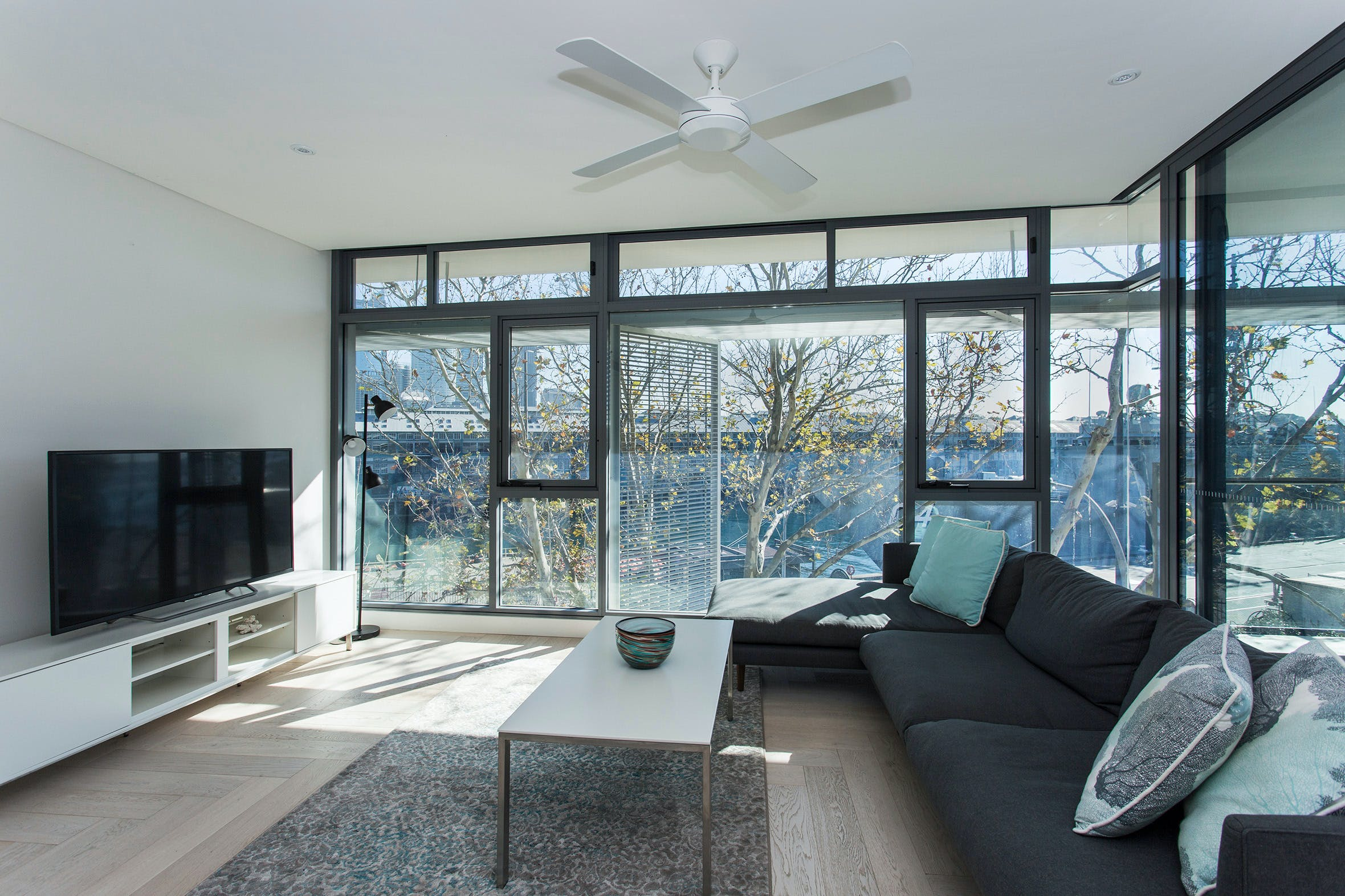 Contemporary Residence in Woolloomooloo - Accommodation Find