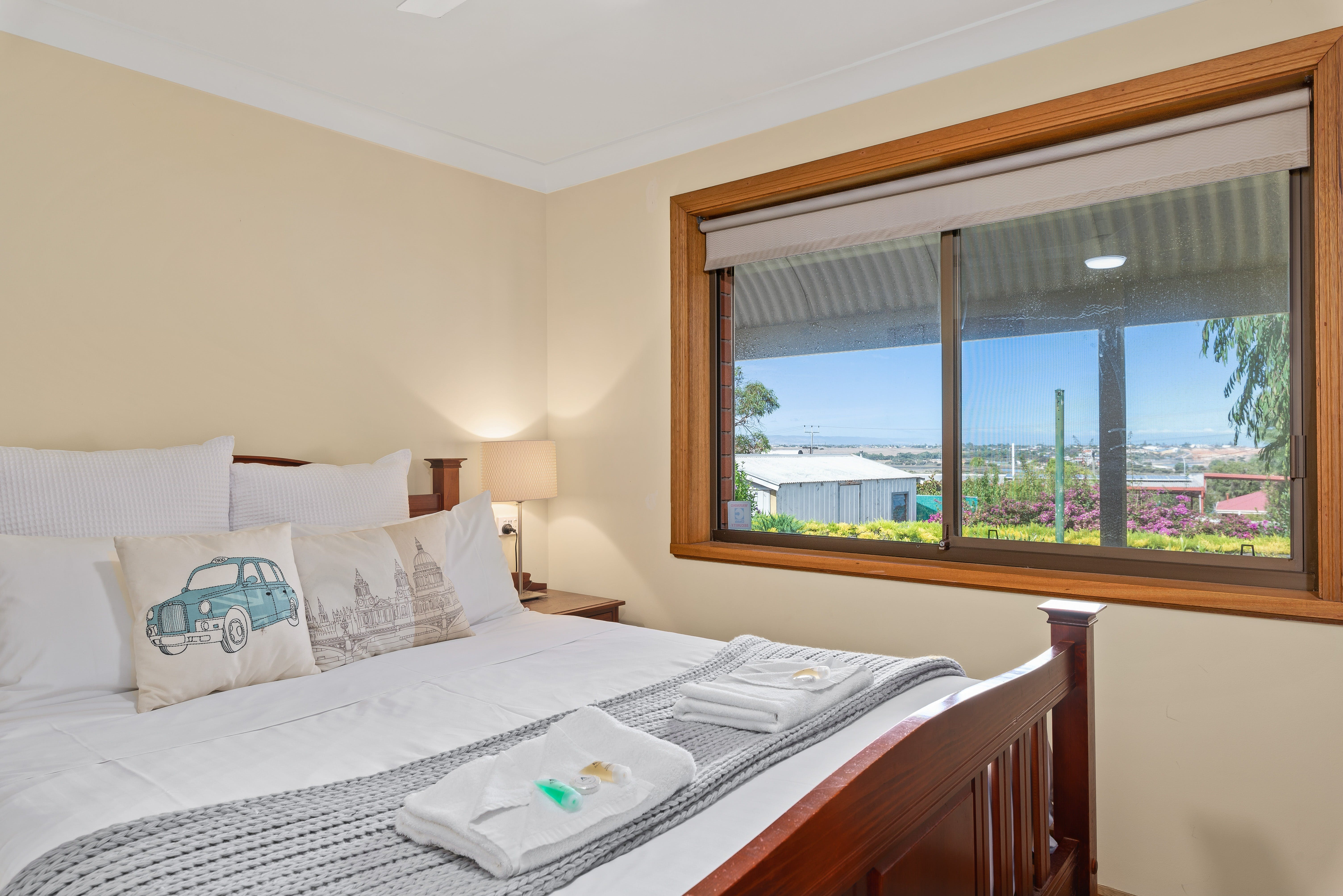 Century21 SouthCoast Reef  Vines Port Noarlunga - Accommodation Find