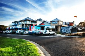 The Island Accommodation - Phillip Island YHA - Accommodation Find