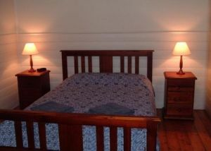 About Town Cottages - Accommodation Find