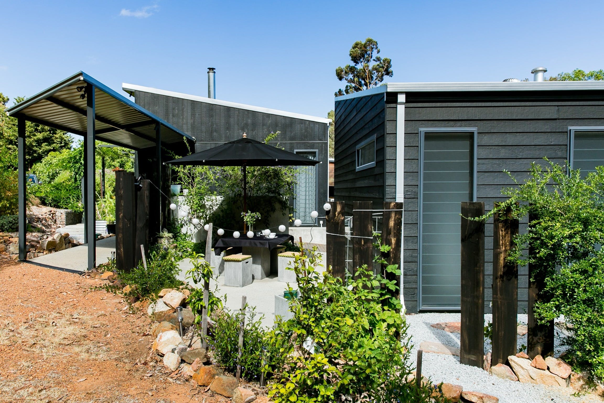 Perth Hills Luxury Getaway - Quenda Guesthouse - Accommodation Find