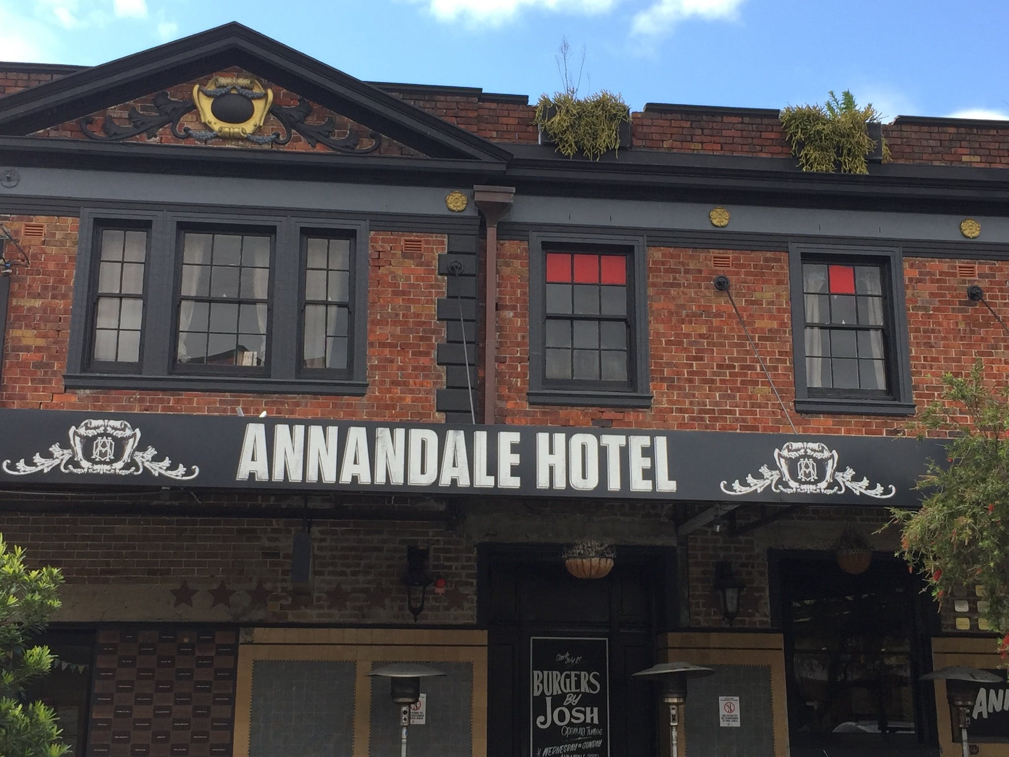 Annandale Hotel - Accommodation Find