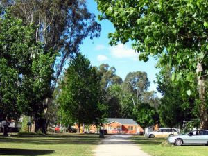 Cohuna Waterfront Holiday Park - Accommodation Find