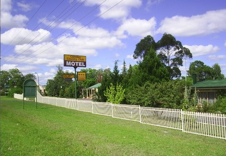 Camden Country Club Motel - Accommodation Find