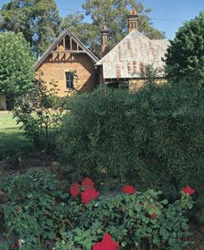Heritage Rose Garden - Accommodation Find