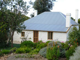 dingley dell cottage - Accommodation Find