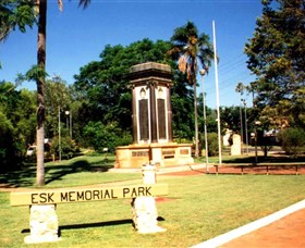 Esk War Memorial and Esk Memorial Park - Accommodation Find