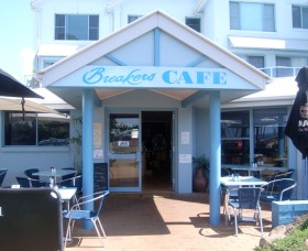 Breakers Cafe and Restaurant - Accommodation Find