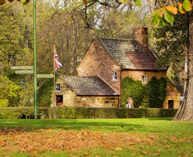 Cooks Cottage - Accommodation Find
