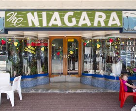 Niagra Cafe - Accommodation Find