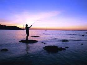 Fishing at Magnetic Island - Accommodation Find
