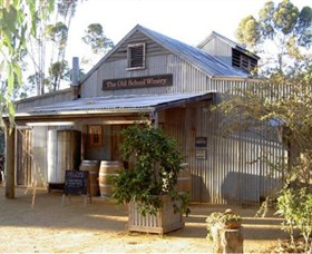 The Old School Winery and Pottery - Accommodation Find