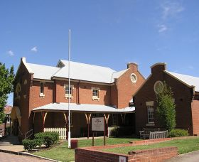 The Cowra Heritage Walk - Accommodation Find