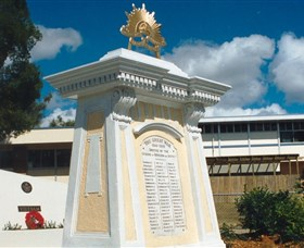 Beenleigh War Memorial - Accommodation Find