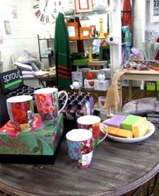 The Famous Tinonee Cafe and Gift Shop - Accommodation Find