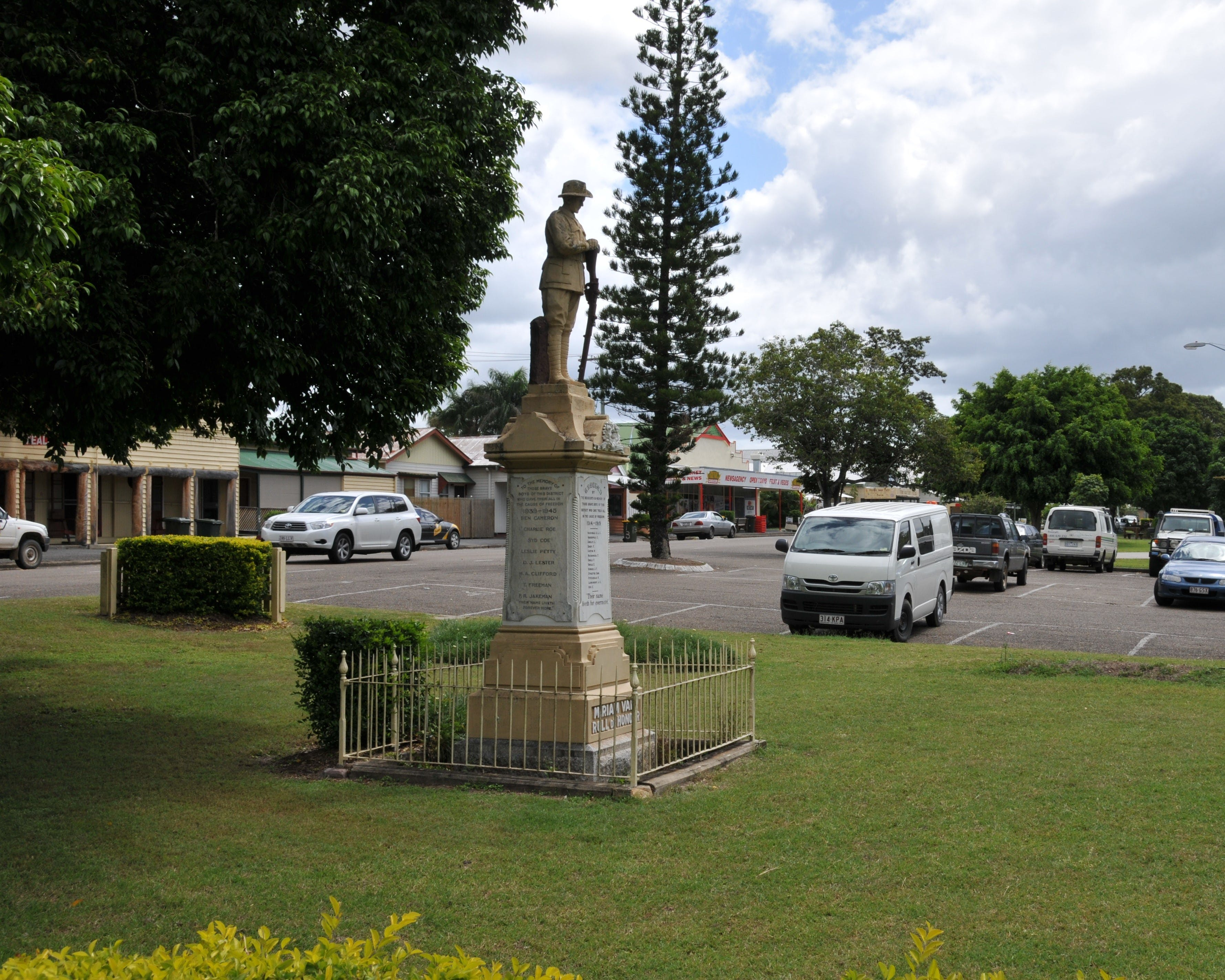 Miriam Vale War Memorial - Accommodation Find