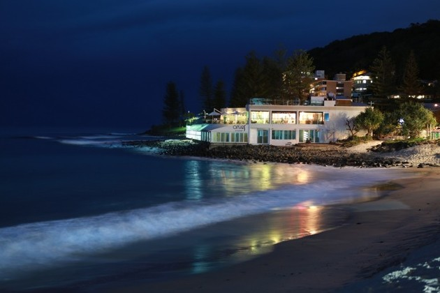 Oskars On Burleigh - Accommodation Find