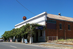 Red Hill Hotel - Accommodation Find