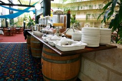 Alexanders Restaurant - Lord Forrest Hotel - Accommodation Find