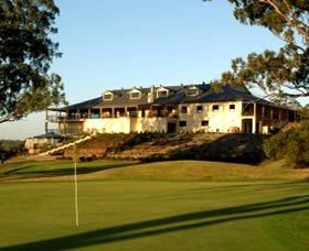 Macarthur Grange Country Club